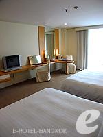バンコク 王宮・カオサン周辺のホテル : ロイヤル プリンセス ラーン ルアン バンコク(Royal Princess Larn Luang Bangkok)のデラックスルームの設備 Bedroom