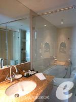 バンコク スクンビットのホテル : S15 スクンビット ホテル(S15 Sukhumvit Hotel)のデラックスルーム(シングル)ルームの設備 Bathroom