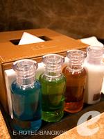 バンコク スクンビットのホテル : S15 スクンビット ホテル(S15 Sukhumvit Hotel)のジュニアスイート(シングル)ルームの設備 Bath Amenities