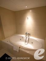 バンコク スクンビットのホテル : S15 スクンビット ホテル(S15 Sukhumvit Hotel)のジュニア スイート(ダブル)ルームの設備 Bathroom