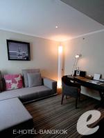 バンコク スクンビットのホテル : S15 スクンビット ホテル(S15 Sukhumvit Hotel)のビジネス スイート(ダブル)ルームの設備 Bathroom