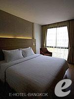 バンコク スクンビットのホテル : サチャズ ホテル ウノ(Sacha's Hotel Uno)のスーペリア ダブルルームの設備 Bedroom
