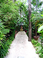 Pathway : Safari Beach Hotel, Family & Group, Phuket