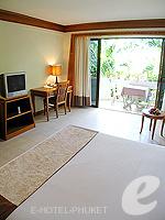 プーケット オーシャンビューのホテル : サファリ ビーチ ホテル(Safari Beach Hotel)のコンテンポラリー タイ デラックスルームの設備 Room View