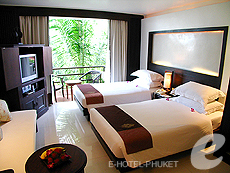 プーケット オーシャンビューのホテル : サファリ ビーチ ホテル(1)のお部屋「サファリデラックス」