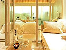 プーケット スパ併設のホテル : サラ プーケット リゾート & スパ(1)のお部屋「デラックス バルコニー」