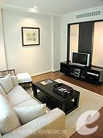 バンコク シーロム・サトーン周辺のホテル : サラデーン コロネード(Saladaeng Colonnade)のデラックス(1ベッドルーム)ルームの設備 Living Area
