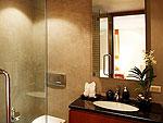 プーケット その他・離島のホテル : ヴィラ ヴィマン(Villa Viman)の6ベッドルームルームの設備 Bath Room