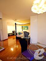 パタヤ ノースパタヤのホテル : サンダレー リゾート(Sandalay Resort)の デラックス ルームルームの設備 Bedroom
