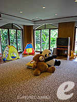 Kid's Room / Santiburi Samui - The Leading Hotels of the World, สระว่ายน้ำหน้าวิลลา