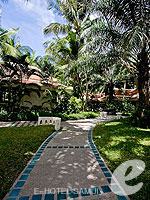 Garden : Santiburi Samui - The Leading Hotels of the World, Pool Villa, Phuket