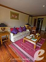 サムイ島 2ベッドルームのホテル : サンティブリ サムイ ザ リーディング ホテルズ オブ ザ ワールド(Santiburi Samui - The Leading Hotels of the World)の1ベッドルーム ディプレックス スイートルームの設備 Living Room