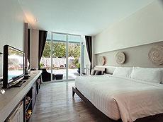 サムイ島 プライベートビーチありのホテル : サリカンタン リゾート & スパ(1)のお部屋「デラックス プール アクセス」
