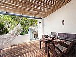 サムイ島 プライベートビーチありのホテル : サリカンタン リゾート & スパ(Sarikantang Resort & Spa)のワンベッドルーム ヴィラルームの設備 Balcony
