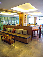 Lobby Bar : Sawaddi Patong Resort, Patong Beach, Phuket