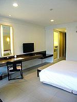 プーケット インターネット接続(無料)のホテル : サワディー パトン リゾート(Sawaddi Patong Resort)のスーペリアルームの設備 Bedroom