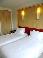 プーケット パトンビーチのホテル : サワディー パトン リゾート(Sawaddi Patong Resort)のスイートルームの設備 Bedroom