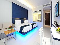 プーケット パトンビーチのホテル : シー サン サンド リゾート & スパ(1)のお部屋「デラックス(ツイン/ダブル)」