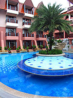 Swimming Pool / Seaview Patong Hotel, หาดป่าตอง