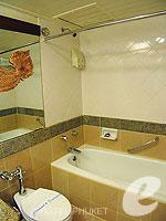 プーケット パトンビーチのホテル : シービュー パトン ホテル(Seaview Patong Hotel)のスーペリア(シングル)ルームの設備 Bathroom