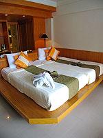 プーケット 5,000~10,000円のホテル : シービュー パトン ホテル(Seaview Patong Hotel)のデラックス ツイン/ダブルルームの設備 Bed Room