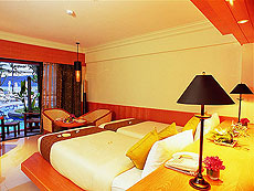 プーケット パトンビーチのホテル : シービュー パトン ホテル(1)のお部屋「デラックス ツイン/ダブル」