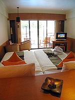 プーケット パトンビーチのホテル : シービュー パトン ホテル(Seaview Patong Hotel)のプールアクセス(ツイン/ダブル)ルームの設備 Bed room