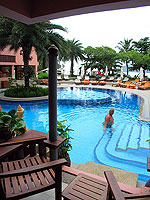 プーケット パトンビーチのホテル : シービュー パトン ホテル(Seaview Patong Hotel)のプールアクセス(ツイン/ダブル)ルームの設備 Pool Access