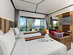 プーケット カロンビーチのホテル : シークレット クリフ リゾート(Secret Cliff Resort & Restaurant)のデラックス サンセット ヴィラルームの設備 Bedroom