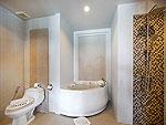プーケット 5,000~10,000円のホテル : シークレット クリフ リゾート(Secret Cliff Resort & Restaurant)のジュニア スイート オーシャンビュールームの設備 Bath Room