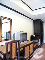 プーケット 5,000円以下のホテル : シーカ ブティック リゾート(Seeka Boutique Resort)のスーペリア(ダブル)ルームの設備 TV