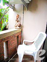 プーケット 5,000円以下のホテル : シーカ ブティック リゾート(Seeka Boutique Resort)のデラックス(ダブル/ツイン)ルームの設備 Balcony