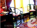 バンコク 王宮・カオサン周辺のホテル : シャンハイ マンション ブティック ホテル(Shanghai Mansion Boutique Hotel)のメイフア(プラムブロッサム)ルームの設備 Room View