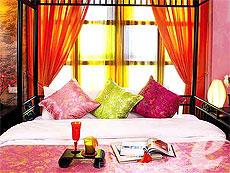 バンコク 王宮・カオサン周辺のホテル : シャンハイ マンション ブティック ホテル(Shanghai Mansion Boutique Hotel)のお部屋「メイフア(プラムブロッサム)」