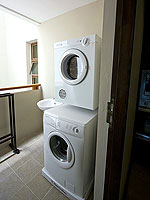 サムイ島 2ベッドルームのホテル : シャサ リゾート & レジデンス コ サムイ(ShaSa Resort & Residences Koh Samui)のシービュースイート(2ベッドルーム)ルームの設備 Washing Machine