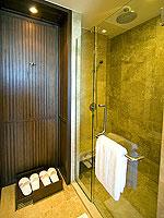 サムイ島 2ベッドルームのホテル : シャサ リゾート & レジデンス コ サムイ(ShaSa Resort & Residences Koh Samui)のシービュースイート(2ベッドルーム)ルームの設備 Bath Room