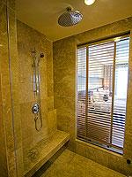 サムイ島 2ベッドルームのホテル : シャサ リゾート & レジデンス コ サムイ(ShaSa Resort & Residences Koh Samui)のシービュースイート(2ベッドルーム)ルームの設備 Shower Booth