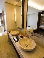 サムイ島 2ベッドルームのホテル : シャサ リゾート & レジデンス コ サムイ(ShaSa Resort & Residences Koh Samui)のシービュースイート(3ベッドルーム)ルームの設備 Bath Room