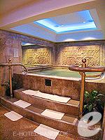 バンコク スクンビットのホテル : シェラトン グランデ スクンビット 「Jacuzzi」