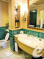 バンコク スクンビットのホテル : シェラトン グランデ スクンビット(Sheraton Grande Sukhumvit)のデラックスルームの設備 Bathroom