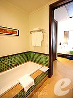 パタヤ サウスパタヤのホテル : インターコンチネンタル パタヤ リゾート(Inter Continental Pattaya Resort)のガーデンビュー ルームルームの設備 Pool Terrace View
