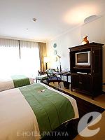 パタヤ サウスパタヤのホテル : インターコンチネンタル パタヤ リゾート(Inter Continental Pattaya Resort)のオーシャン ビュー ルームルームの設備 Sitting Area