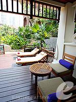 パタヤ サウスパタヤのホテル : インターコンチネンタル パタヤ リゾート(Inter Continental Pattaya Resort)のプール テラス ルームルームの設備 Terrace
