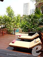 Terrace : Pool Terrace Room (6000-9000บาท) โรงแรมในพัทยา, ประเทศไทย
