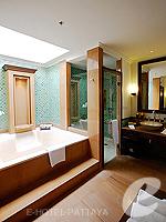 パタヤ サウスパタヤのホテル : インターコンチネンタル パタヤ リゾート(Inter Continental Pattaya Resort)のデラックス パビリオン ルーム ルームの設備 View from Balcony