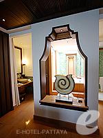 パタヤ サウスパタヤのホテル : インターコンチネンタル パタヤ リゾート(Inter Continental Pattaya Resort)のデラックス パビリオン オーシャンルームの設備 To Bath Room
