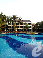 Garden Pool / Siam Bayshore Resort & Spa, พัทยาใต้