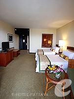 パタヤ オーシャンビューのホテル : サイアム ベイショア リゾート & スパ(Siam Bayshore Resort & Spa)のエグジクティブ デラックス(シングル)ルームの設備 Sitting Area