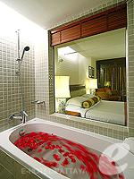 パタヤ オーシャンビューのホテル : サイアム ベイショア リゾート & スパ(Siam Bayshore Resort & Spa)のエグジクティブ デラックス(ツイン/ダブル)ルームの設備 Bath Room