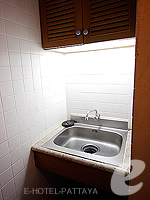 パタヤ ジョムティエンビーチのホテル : シグマ リゾート ジョムティエン パタヤ(Sigma Resort Jomtien Pattaya)のスーペリア ルームルームの設備 Sink